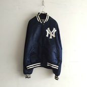 1990`s Yankees stadium jumper